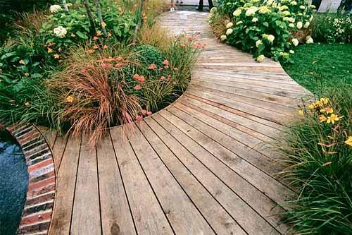 Дорожки из деревянных досок