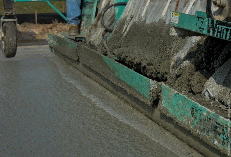 заливка дорог бетоном